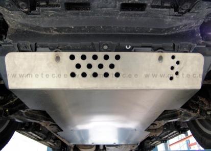 Apsauga, variklio ir transmisijos pailginta LC150
