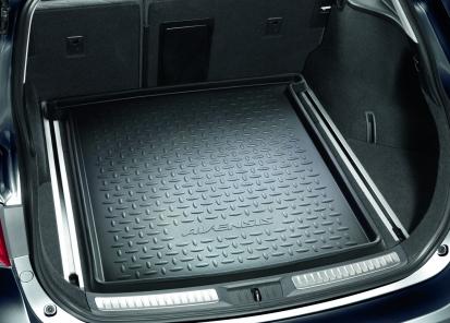 Bagažinės įklotas Avensis (universalui, su bėgeliais)